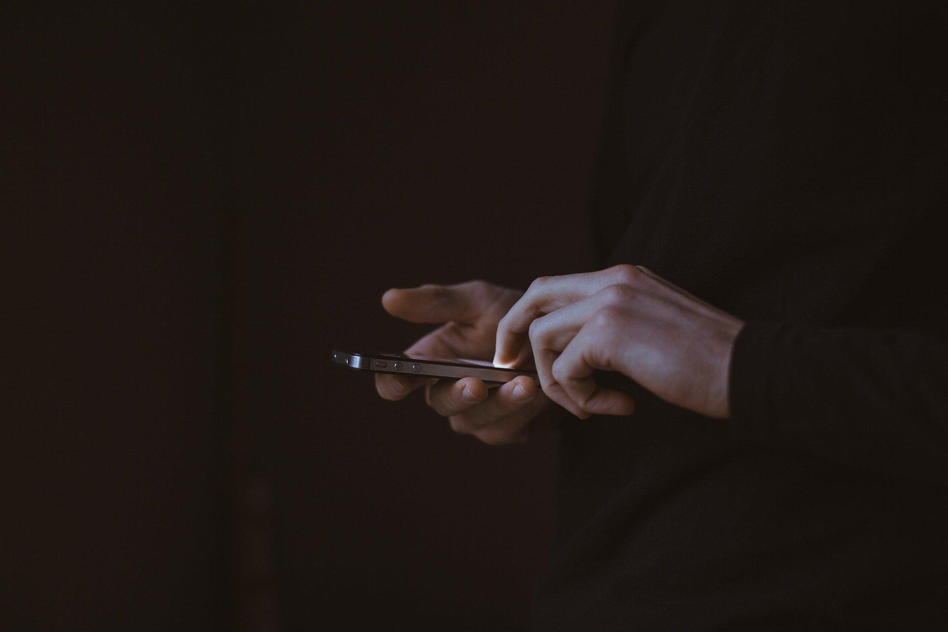 cell phone black backgroun